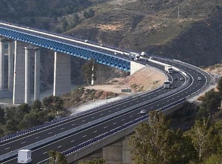 Los empresarios de la Costa de Granada se unen para reivindicar la finalización de la A-7