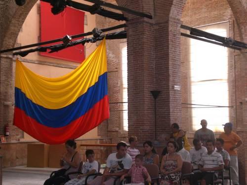 La Asociación de Inmigrantes Costa Tropical celebra el bicentenario de la independencia de Colombia