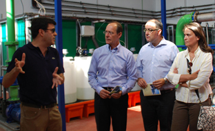 El Consejero de Medio Ambiente inaugura la estación potabilizadora de Castell de Ferro y la de bombeo de aguas residuales en Almuñécar