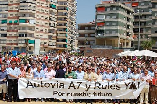El día 27 de octubre los empresarios de Motril se echarán de nuevo a la calle para reivindicar la A-7