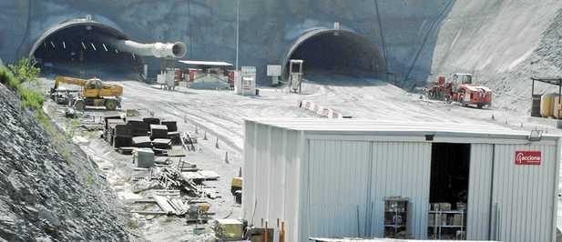 El sellado de los túneles de la A-7 evidencia para el alcalde de Motril la parálisis total de la obra