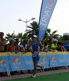 El subcampeón de España se adjudica el II Triatlón Ciudad de Motril