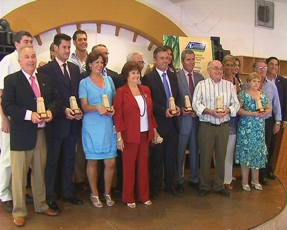 Los comerciantes motrileños otorgaron sus 'Torres del Azúcar' a personalidades e instituciones