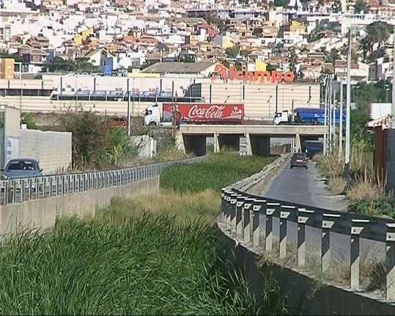 El Ayuntamiento de Motril instará a la Agencia Andaluza del Agua limpie las ramblas del término municipal
