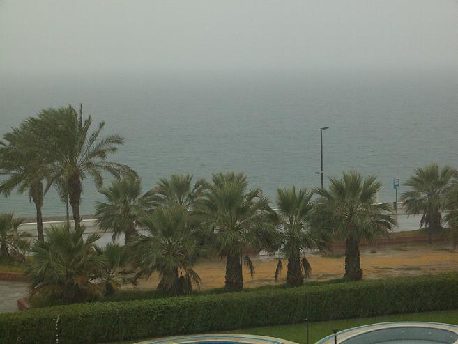 Se esperan fuertes lluvias hasta la 21 horas de hoy sábado en Motril y su costa