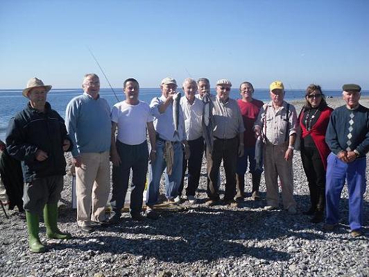 Una veintena de Mayores participan en el VII Certamen de Pesca