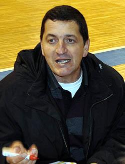 El Costa Motril ha vencido al CD Adramar por 60-49 en baloncesto
