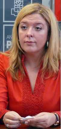 """Flor Almón destaca el Ayuntamiento de Motril """"saldrá ganando"""" con los Presupuestos de la Junta para 2011"""