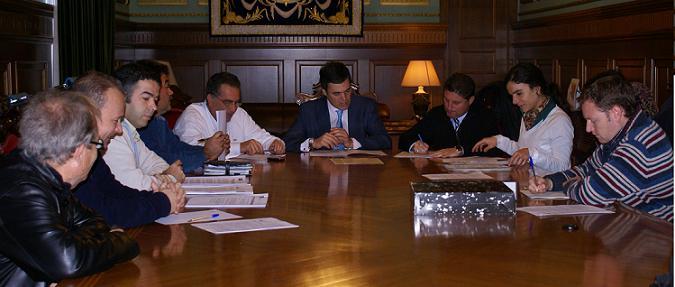 El Ayuntamiento de Motril firma un convenio con Medio Ambiente y Buxus