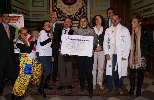 Diver Comba Hospitalaria ganadores del premio en favor de la Infancia