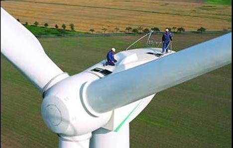 Los ecologistas rechazan instalar aerogeneradores en la Sierra de Lújar