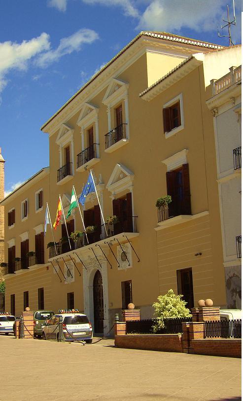 El Ayuntamiento de Motril elabora una carta de servicios del Área municipal de Acción Social