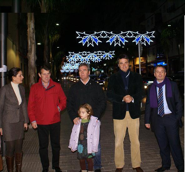 El alcalde de Motril inaugura el alumbrado navideño