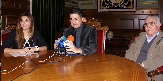 El Ayuntamiento de Motril firma un convenio de colaboración para la consolidación del Centro Comercial Abierto de la ciudad