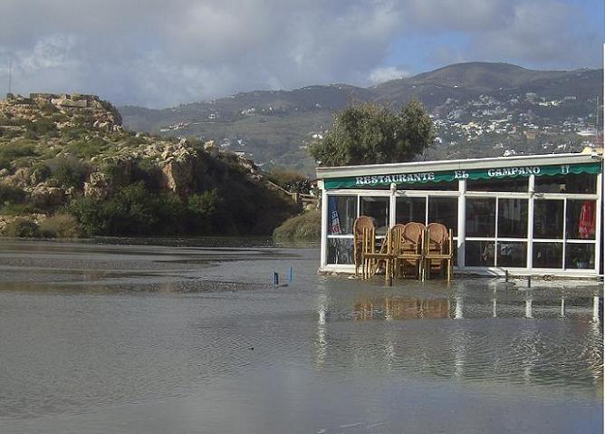 El temporal en fotos en la Costa de Granada