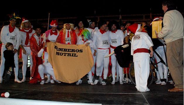 Más de 1.000 corredores despidieron el año en Motril en la carrera de San Silvestre