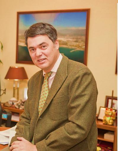Carlos Rojas anima a los motrileños a renovar el espíritu de superación para afrontar los retos que nos depara el 2011