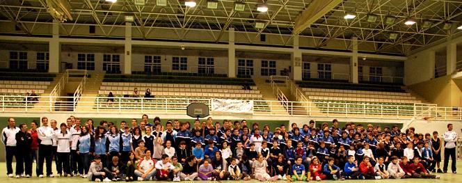 El pabellón municipal acoge la presentación oficial del Club Baloncesto Costa Motril