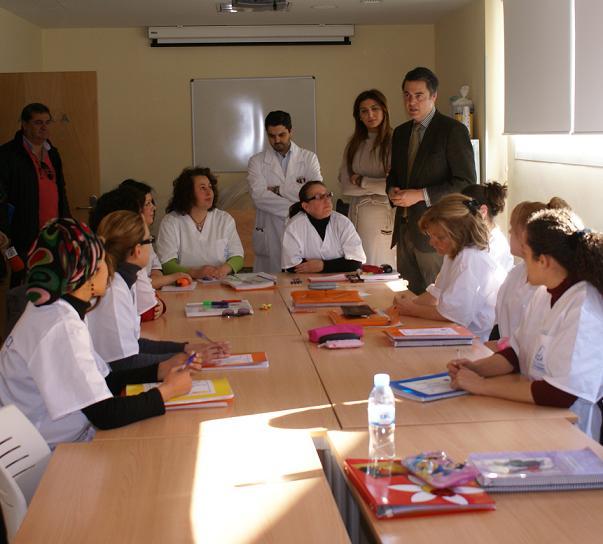 """Doce alumnas se forman en el  curso """"Cuidados Para La Movilidad en la Tercera Edad"""""""
