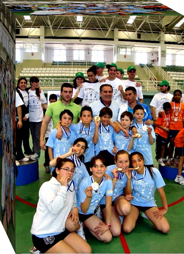 El CEIP San Antonio vuelve a imponerse en la final local de Jugando al Atletismo en masculino y femenino