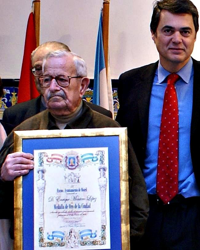 Carlos Rojas y Francisco Montero en el homenaje al que fuera alcalde de Motril Enrique Montero