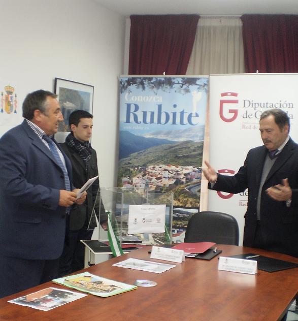 La Diputación construye las primeras VPO de Rubite