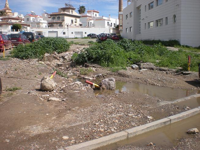 El PSOE exige el inicio de las obras de urbanización del entorno del 'Pabellón Municipal', cuyo proyecto estaba incluido en el PROTEJA