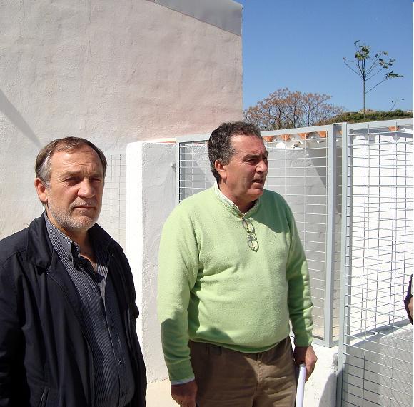 Motril contará en breve con un refugio municipal con capacidad para acoger a unos 120 animales