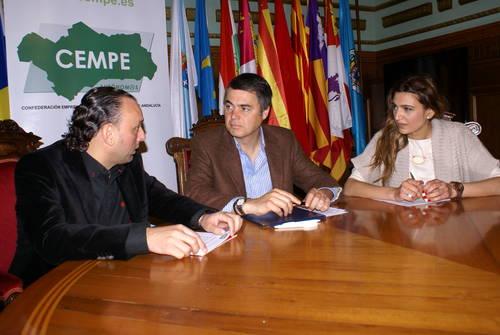 El Ayuntamiento de Motril firma un convenio de colaboración con CEMPE Andalucía