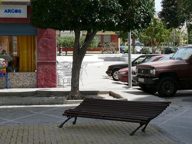 El PSOE critica el servicio de mantenimiento del barrio de La Fabriquilla