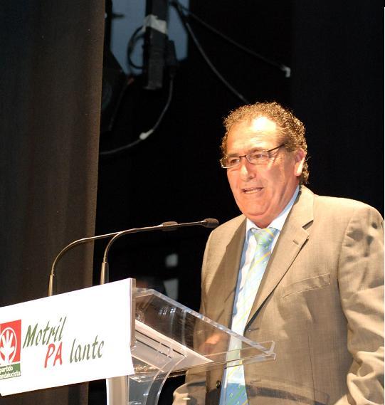 EL candidato del PA, Antonio Escámez, combatirá el desempleo y la crisis económica