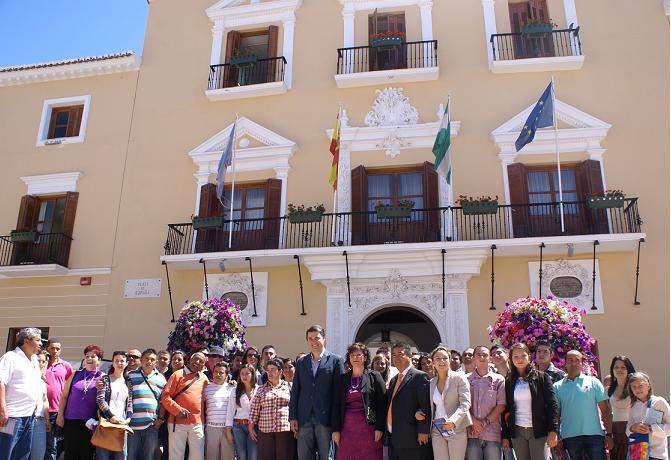 Una delegación de 40 personas del municipio colombiano de Guatapé visitan Motril