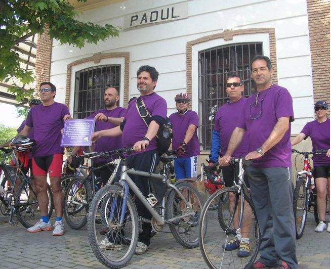 Felipe Villa y Angel Coello en la bajada en bicicleta Padul-Motril