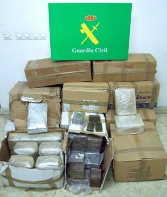 En una operación de rastreo localizan 350 kilos de hachís en la costa de Granada