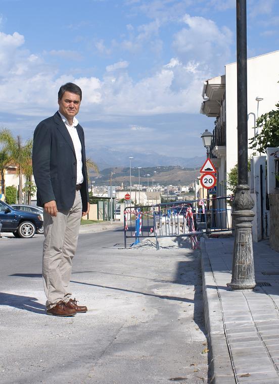 El Ayuntamiento de Motril acomete trabajos de acerado en Las Ventillas