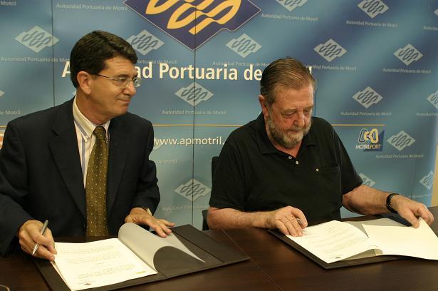 El Puerto vuelve a patrocinar los cursos de verano de la UNED en Motril