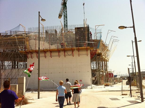 Hoy entra en vigor la jornada continuada en el sector de la construcción
