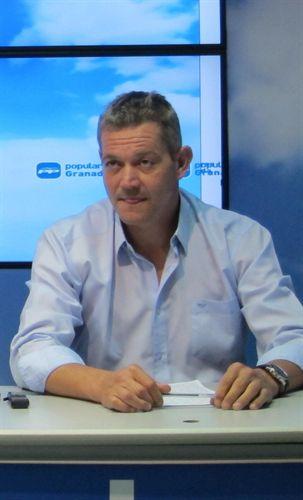 El nuevo alcalde de Lújar toma posesión este viernes 25 días después del sorteo que dio al PP el gobierno local
