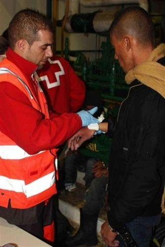 Más de mil inmigrantes llegan en pateras a las costas andaluzas durante el año 2011. La mitad llegaron a Motril