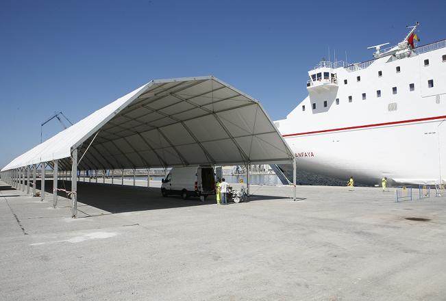Desde el martes se podrá viajar a Melilla desde Motril. La naviera ya ha abierto las taquillas a la entrada del Puerto