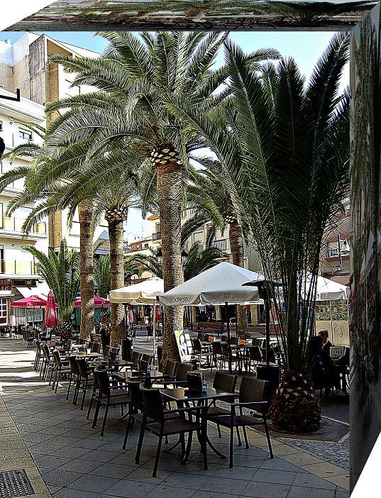 La Junta otorga a Motril el reconocimiento como centro comercial abierto