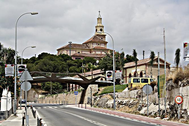 Motril estrena el puente que une Las Explanadas con La Alcoholera