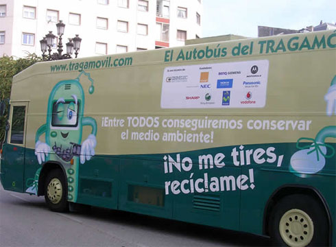 El 'Bus del Reciclaje' hace escala en Motril