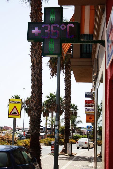 Hoy la costa de Granada alcanza la máxima temperatura del año con 36 grados