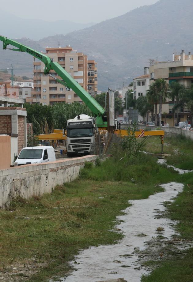 Almuñécar dispone un operativo para la limpieza de las ramblas y cauces de los ríos