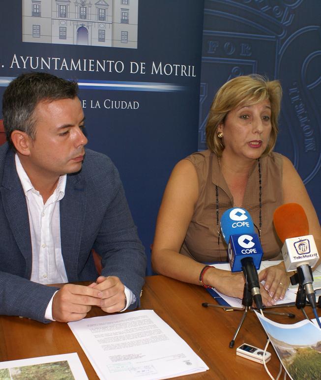 """Ayuntamiento y ELA de Carchuna-Calahonda  exigen ante la Delegación de Medio Ambiente la limpieza """"planificada"""" de las Ramblas de Motril"""