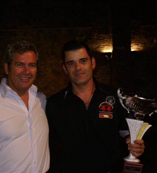 La Nave de los Arcos acogió las  entrega de trofeos de las ligas nocturnas de Fútbol sala y Fútbol 7