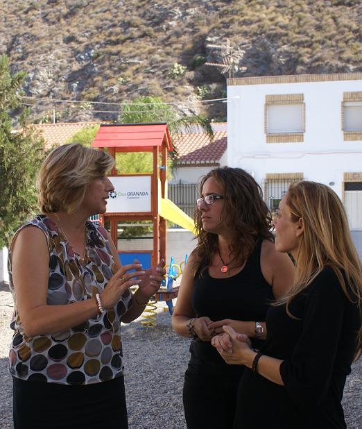 Carchuna cuenta con un nuevo parque infantil