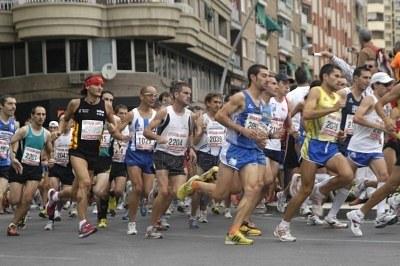 Hoy domingo se celebra la Media Maratón Intenacional de Motril con más de un millar de atletas