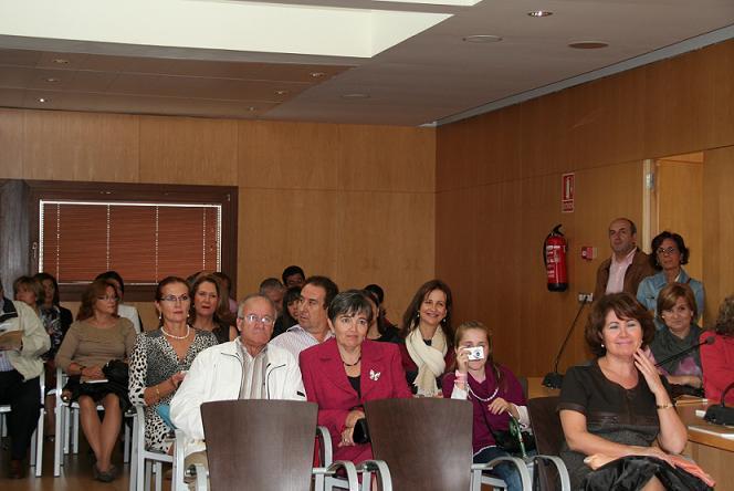 Antiguos alumnos del colegio menor Fernando Castellón de Órgiva organizan un encuentro
